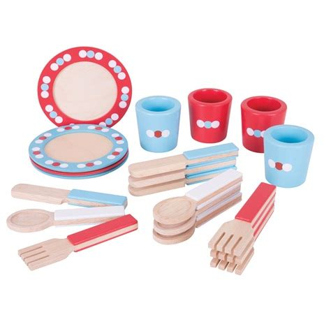 piatti bicchieri posate piatti posate e bicchieri in legno cucina giocattolo