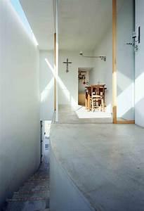 Gallery of Love House / Takeshi Hosaka