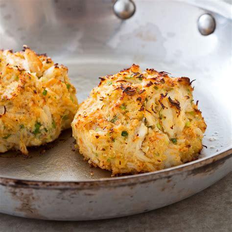 maryland crab cakespan fried crab cakes   bay