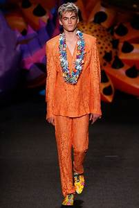 Cindy Crawford's Son Presley Gerber's Moschino Runway ...