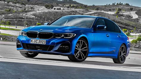 It is available in 4 variants, 1 engine option and 1 transmission option : BMW 3 Series News and Reviews   Motor1.com