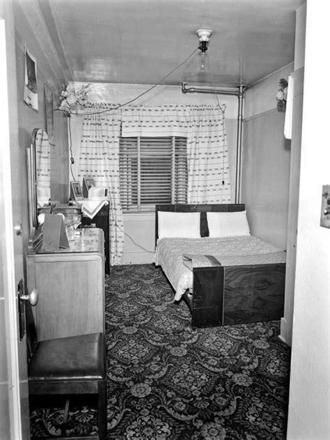 1940s Hotel Room
