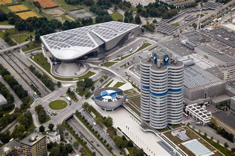 bmw siege social bmw and hyundai consider engine development costs
