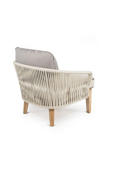 cuscini per mobili da giardino poltrona dakota bianco con cuscini retro mobili da