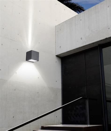 up light distriibution commercial exterior wall light