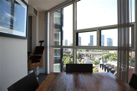 spectacular city views  king st west
