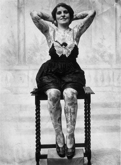 Old-School Photos of Women Rocking Tattoos (16 pics) - Izismile.com