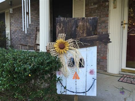 How To Make A Pallet Scarecrow Tutorial  Youtube  Painted Pallets  Pinterest Scarecrows