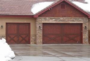 10 garage door trends of 2016 homedecorxpcom With barn door looking garage doors