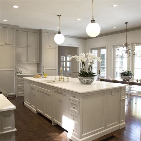 painting crown molding to match cabinets an exle in sherwin williams quot amazing grey quot by