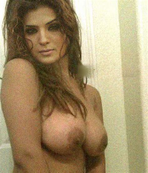 pakistani naked picture lesbian sex workout nude scenes netflix