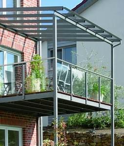 balkon aus stahl mit glasdach und glasbrustung balkon With französischer balkon mit garten sitzbank mit dach