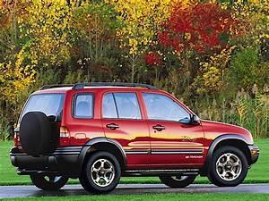 Chevrolet Tracker Specs