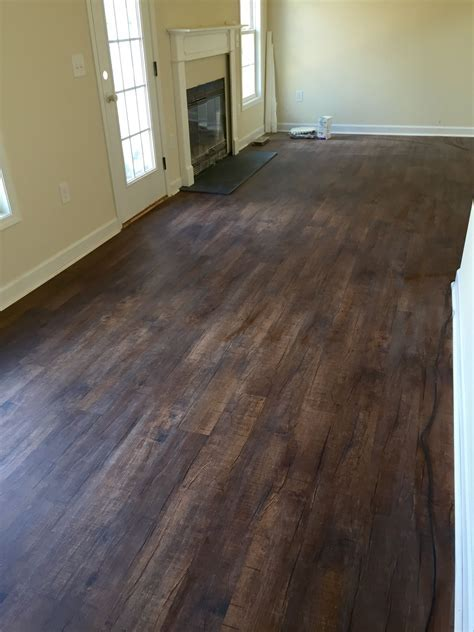 barnwood vinyl flooring