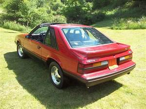1984 Mustang Gt - T-tops - 5 Speed