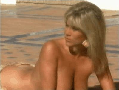 Samantha Fox Topless
