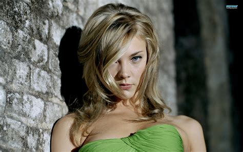 tudors natalie dormer natalie dormer the tudors cast wallpaper 28186246 fanpop