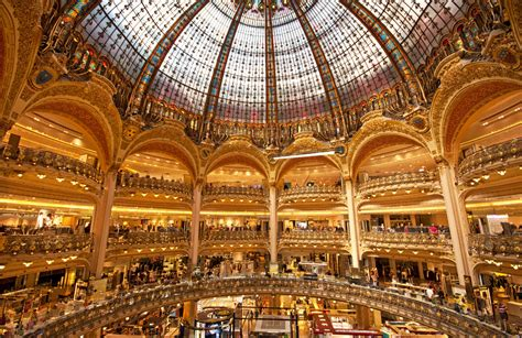 si e social galeries lafayette galeries lafayette now offers 39 shopping experience