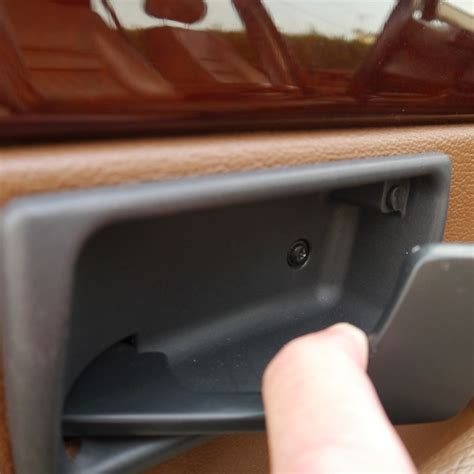 demonter poignee de porte serrure tuto remplacement de la serrure de porte c 244 t 233 chauffeur