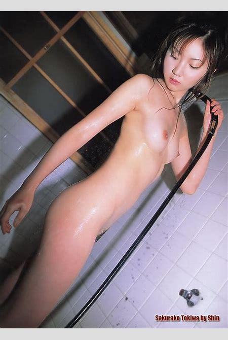 Sakurako Tokiwa nudes