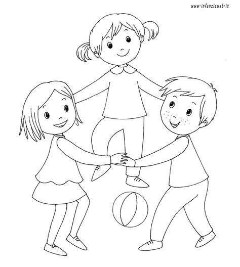 immagini divertenti sui bambini piccoli risultati immagini per immagini bambini che si abbracciano
