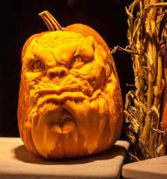 Wolf Pumpkin Designs by This Talented Man Makes The Scariest Pumpkin Carvings You