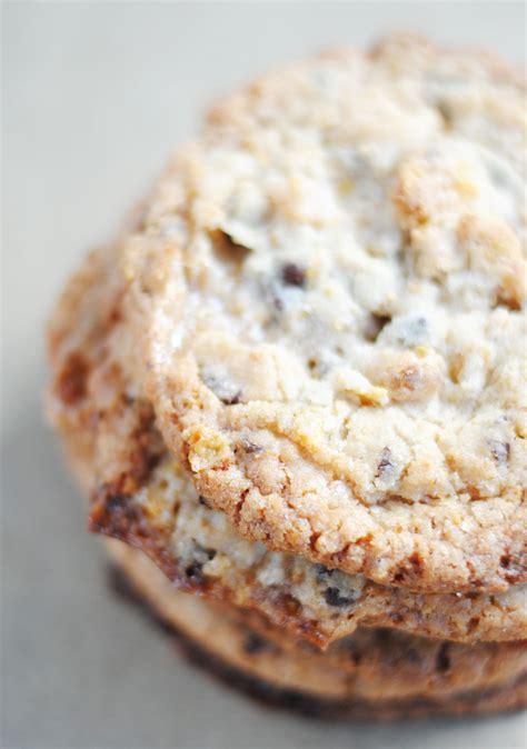 ovaltine cookies cornflake marshmallow and chocolate chip momofuku milk