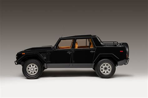 1986-1993 Lamborghini LM002 - Luxury SUV Review ...