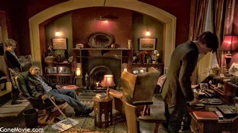Sherlock Living Room Wallpaper by Sherlock Living Room Wallpaper Www Resnooze