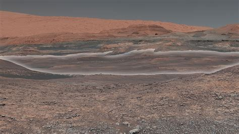 NASA Curiosity Rover Turns 2,000 Sols, Sends Back Postcard ...