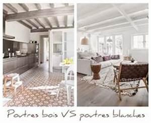 renovation poutre apparente mur de briques ou pierres With peindre des poutres en bois 6 plafond entre solives maison poyaudine