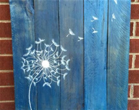 DIY Pallet Wall Art Dandelion   Pallets Designs