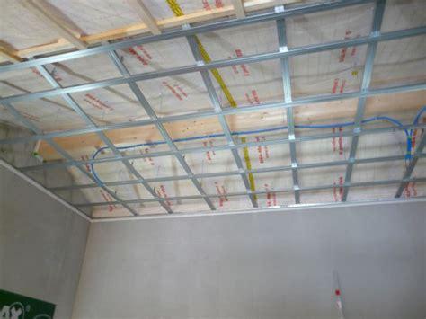 gipskartonplatten verlegen decke gipskartonplatten decke unterkonstruktion decke unterkonstruktion gipskartonplatten verlegen