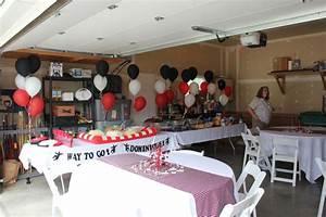 Garage Patry : 50 best images about graduation party ideas on pinterest plastic table cloths grad parties ~ Gottalentnigeria.com Avis de Voitures