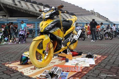 yamaha lagenda 115z autoshow modified at shah alam bike week motomalaya