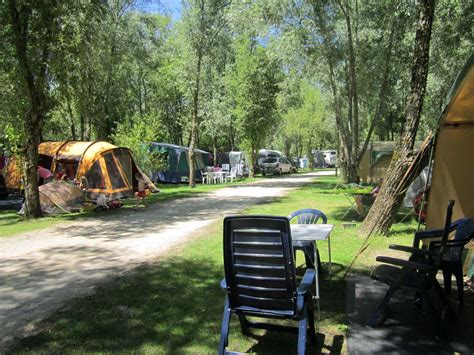 CHEVERNY, Camping Les Saules - French Campsites