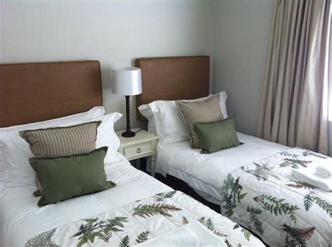 small guest bedroom ideas marceladick com