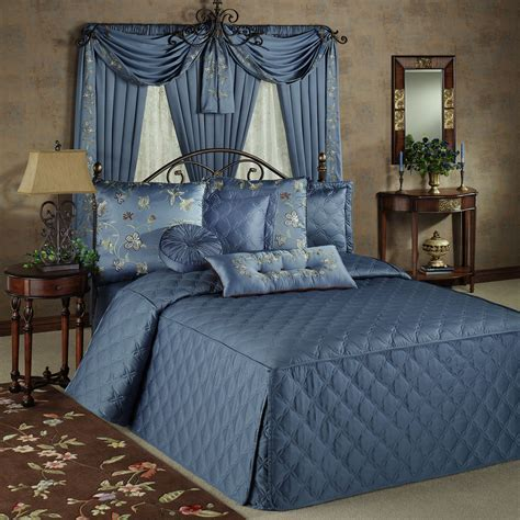 Bedroom: Wonderful Queen Bedspreads For Bedroom Decoration