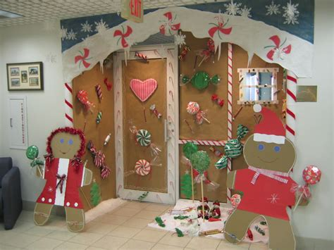 24 original office christmas decorating contest ideas