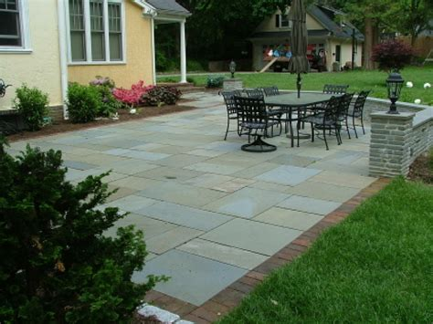 flagstone patio patterns flagstone patio with brick