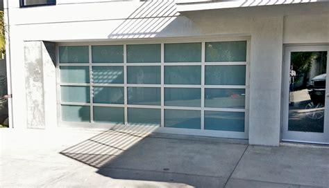 garage door repair nuys garage door avocado heights ca 90638 put door back on track los angeles 90014