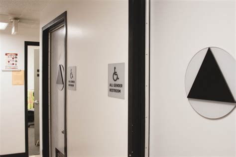 Gender Neutral Bathrooms by Gender Neutral Bathrooms To Be Expanded At Usc Daily Trojan