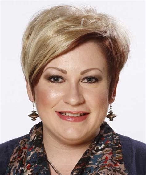 Hairstyles For Over 40 And Overweight   HairStyles