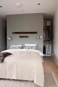 Begehbarer Kleiderschrank Mit Bett : die besten 25 kleiderschrank ideen auf pinterest hauptschrank layout schlafzimmer schr nke ~ Bigdaddyawards.com Haus und Dekorationen