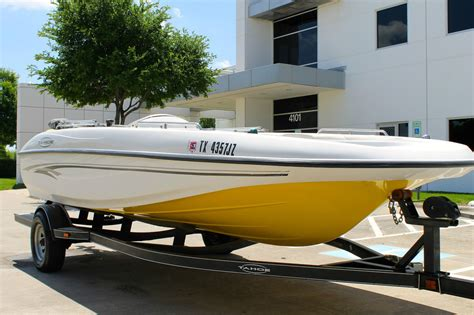 Tahoe Boats Ratings by Tracker Tahoe 192 Deck Boat Excellent Condition No
