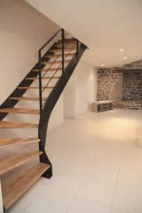 Escalier Tournant by Les 25 Meilleures Id 233 Es Concernant Escalier Quart Tournant