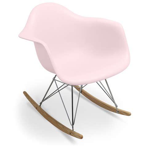 fauteuil 224 bascule rose pastel charles eames lestendances fr