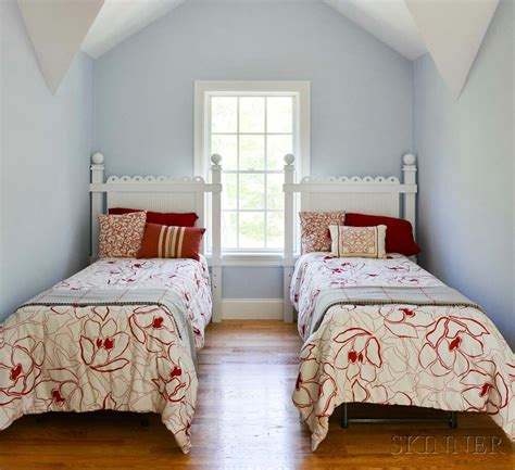 White Accent Pillows For Bed by Pair Of Cottage White Painted Bed Frames With