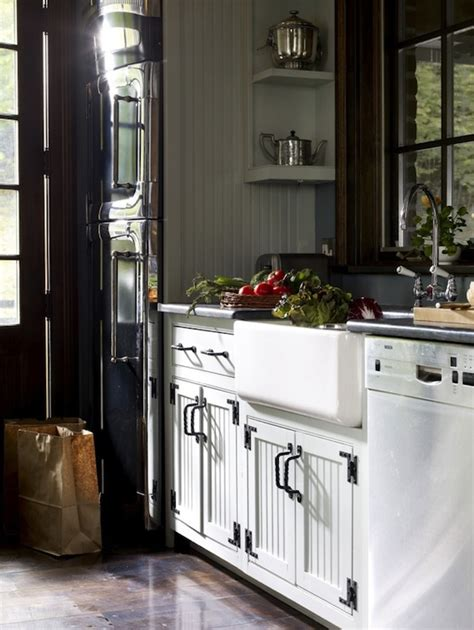 country beadboard kitchen cabinets white beadboard kitchen cabinets country kitchen