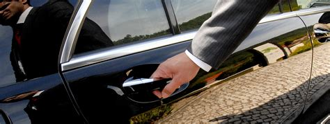 Chauffeur Service by Benefits Of Using A Professional Chauffeur Transportation
